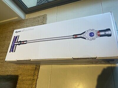 AU137.50 • Buy Dyson V7 Cordless Handstick Vacuum Cleaner -3 Moths Old Still Under Warranty
