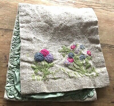 Vintage Linen Sewing Case With Hand Embroidery 1930s Haberdashery Needle Flowers • 10£