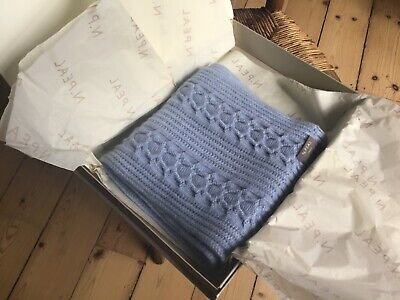 N Peal Cashmere Scarf • 130£