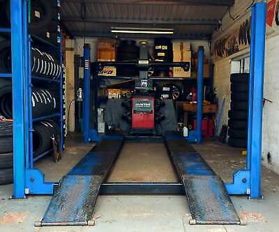 For Sale: 4 Post Garage Ramp 4000kg 4 Tonne Weight Load With Safety Locks  • 1,500£