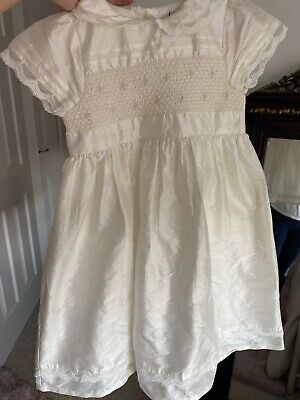 Christening Gown • 9£