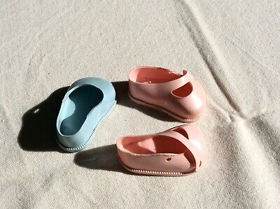 Vintage Cinderella  Doll Shoes -  Size 0 - 1 Pair Pink / 1 Single Blue Shoe • 2.90£