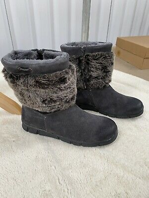 Pavers Faux Fur Short Boots Size 5. New • 15£