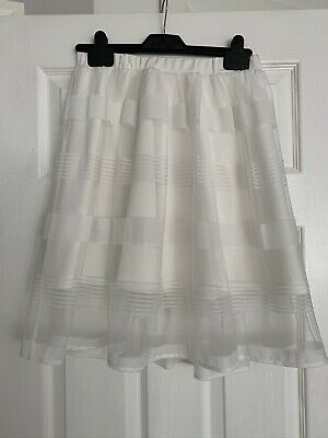 White Skirt With Net Overlay Size S • 0.99£