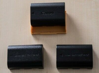 One Canon LP-E6N Battery + Two Third Party Batteries For Canon EOS 5D/7D • 9£