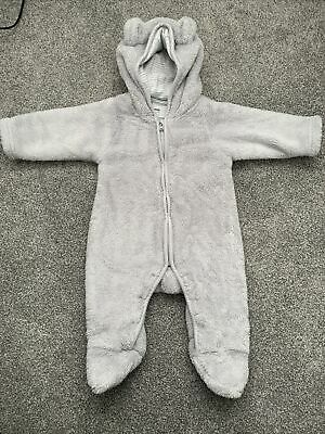 Little White Company Pramsuit 0-3 Months • 0.99£
