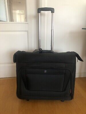 Tripp Suit/garment Travel Carrier Case Used Once On Wheels • 19£
