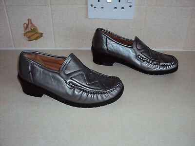 Hush Puppies Ladies Leather Shoes, Size Uk 5 • 11£