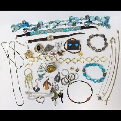 $ CDN12.18 • Buy Mixed Vintage Jewelry Lot, Necklaces, Rings, Earrings, Craft Repair, 40+ Pieces