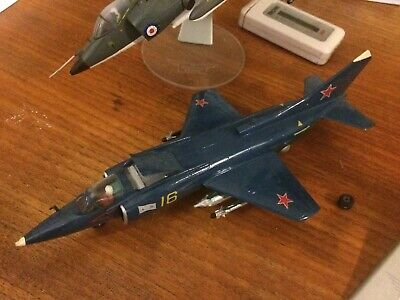 1/72 Yak-38 Well Built Model • 40£