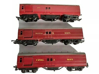 Triang R23 Royal Mail Coaches X 3 For Hornby OO Gauge - Used • 11£