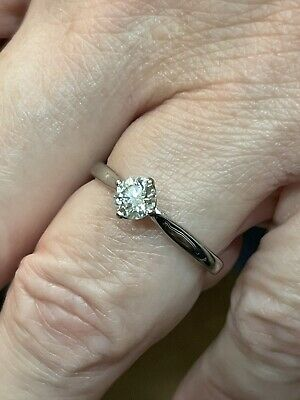Diamond Solitaire Engagement Ring 18ct 0.50ct VS2 Size P Absolutely Stunning • 950£
