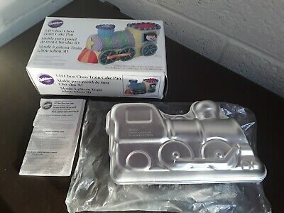 Wilton 3D Choo Choo Train Cake Pan With Box & Instructions - Used Once • 7.99£