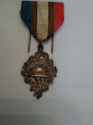 WW1 French Merit Medal Of The UNC (French Veterans Of WW1) • 9£