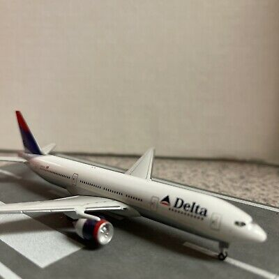 $48.99 • Buy StarJets Diecast 1:500 Scale Model Delta B 777-232 Commercial Airliner N863DA