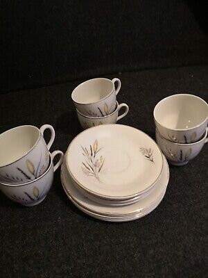 Vintage  Barratts Delphatic  Ears Of Corn  . Cups. Saucers . Side Plates • 0.10£