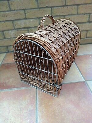Vintage Wicker Cat Carrier • 6.80£