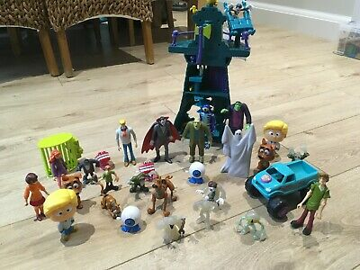 Scooby Doo Set- House, Characters, Scooby Vehicle. Excellent Condition • 15£
