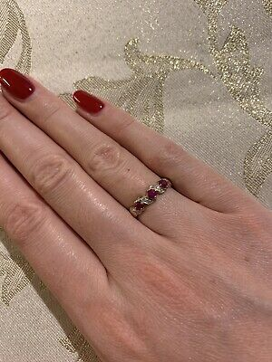 9ct Ruby And Diamond Ring  • 185£