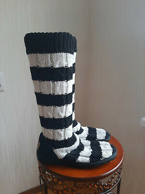 £28.32 • Buy UGG White Black Striped Classic Cardy Cable Knit Boots Women's Sz.7
