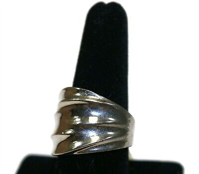 $ CDN7.51 • Buy LIA SOPHIA Signed Silver Tone Wide Ripple Ring SIZE 9