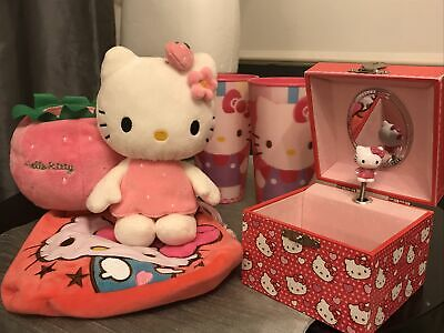 Hello Kitty Bundle • 10£