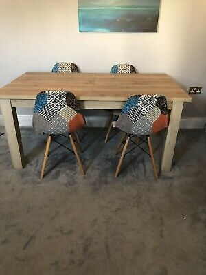 NEXT Bronx Extending Table 6-8, Light Oak Effect Used • 120£