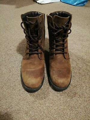 Clarks Women's Tan High Rise Boots Size 6 • 40£