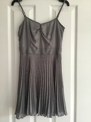 Topshop Strappy Cami Silver Shimmer Party Dress With Pleated Skirt UK Size 8 • 10.99£