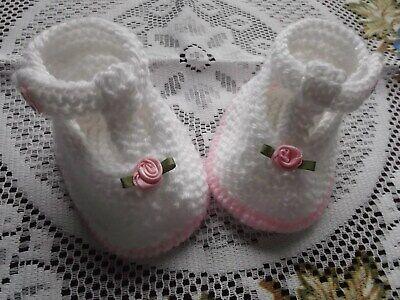 Hand Knitted  Baby Shoes / Booties 0-3 Months  • 1.99£