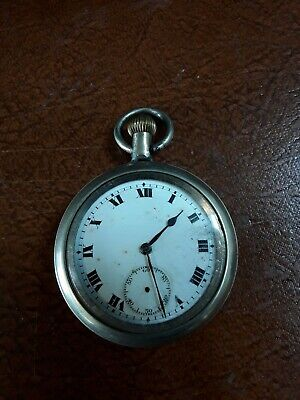Vintage Military WW2 Pocket Watch Z3392 Winds Up And Works Crow Foot Mark. • 70£