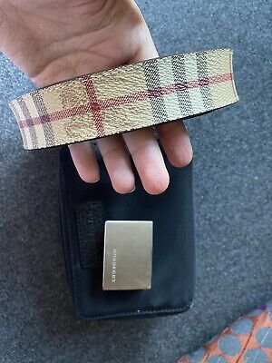 Burberry Belt • 40£