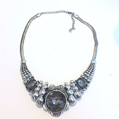 Necklace Silver Tone Spring Summer Statement Glass Stones • 5£