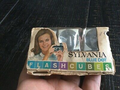 $14.99 • Buy Vintage Sylvania  FLASHCUBES Flash Cubes UNUSED 3 Blue Dot