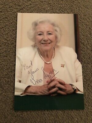 £10 • Buy Dame Vera Lynn (forces Sweetheart) Vintage Signed Photo