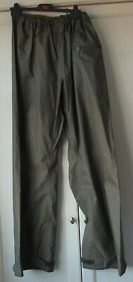 Military Waterproof Overtrousers, L Size.appears Unworn • 10.50£