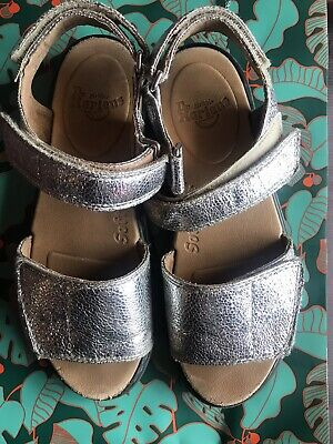 $ CDN62 • Buy DR MARTENS DMS  STUNNING ROMI Y SILVER LEATHER SANDALS Size 3 - 4