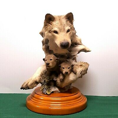 $225 • Buy Mill Creek Studios  Safe & Sound  Wolf Sculpture. Randall Reading #70350 Retired