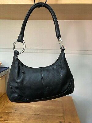 AU50 • Buy Ladies Black Pebble Leather Oroton Handbag, Used.