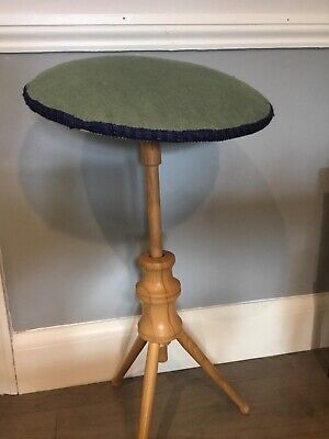Vintage Bobbin Lacemaking Stand In Polished Wood • 105£