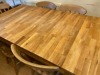 Fantastic Large Extendable Dinning Table • 350£