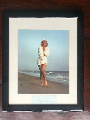 Framed Marilyn Monroe Malibu Beach Iconic Picture With Autograph • 500£