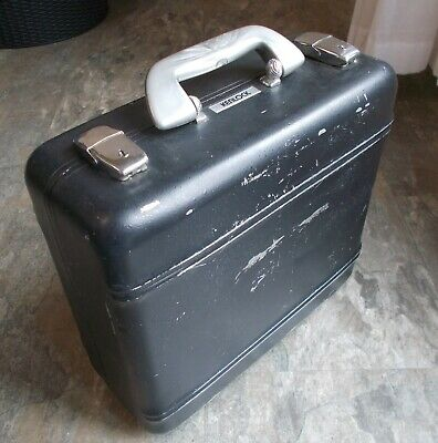 Vintage Black Metal Keylock Camera Carrying Case, Old But Strong And Usable. • 10£