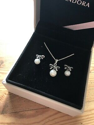 Pandora Pearl And Bow Necklace And Earring Set New • 40£