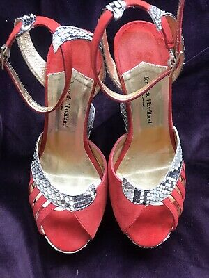 Terry De Havilland Shoes • 90£