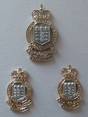 Royal Army Ordnance Corps Cap And Collar Badges • 4.99£