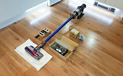 AU766.71 • Buy Brand New Dyson Animal V10 Cordless Vacuum Cleaner... From Manchester 🇬🇧