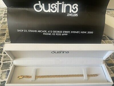 """AU350 • Buy 9ct Yellow Gold Ladies Bracelet: """"Gucci Link"""" Finished With Parrot Clasp"""