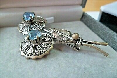 Vintage Costume Jewellery Brooch Pin Old Ice Blue Daisy Engraved Mount Silver • 7.99£