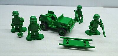 Lego 7595 Tpy Story Green Army Men With Truck Minifigure Appears Complete • 16.64£